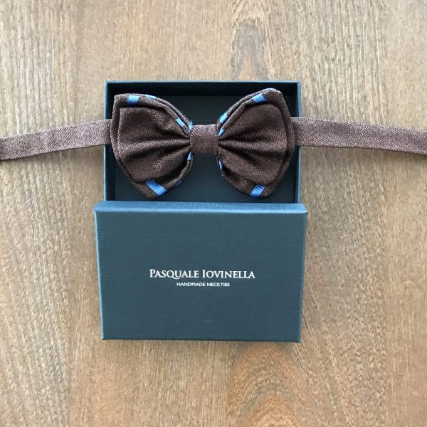 Made in Nevada Solid Brown bow tie with blue stripes