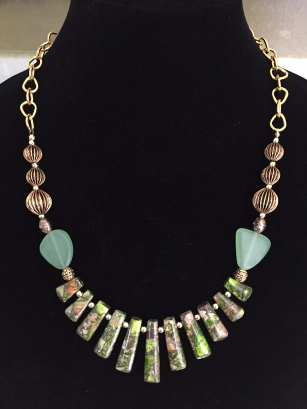 Made in Nevada Green Agate & Sea Glass Fan Necklace