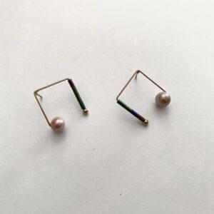 Made in Nevada Moon Pearl Hematite Stud Earrings