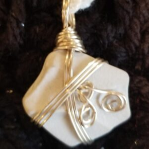 Made in Nevada Beach Pottery Pendant – white, 3-wire, 2 swirls