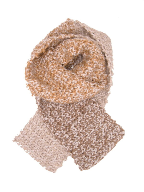 Made in Nevada Caramelocoa Hand-Crocheted Scarf – Tweed and Fall-Winter Collections
