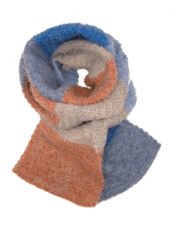 Made in Nevada Coral Isle Hand-Crocheted Scarf – Supersoft Luxe and Fall-Winter Collections