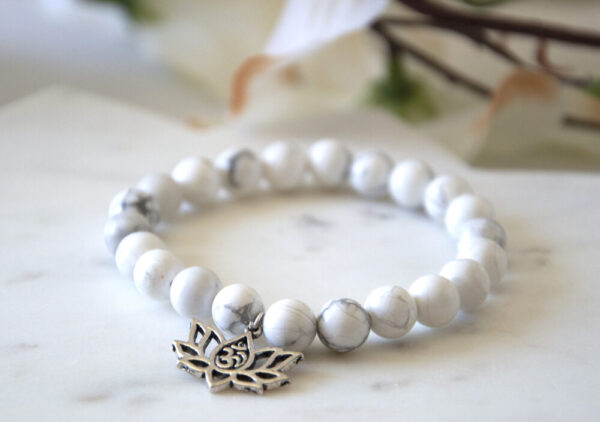 Made in Nevada Howlite Gemstone Bracelet Lotus Charm